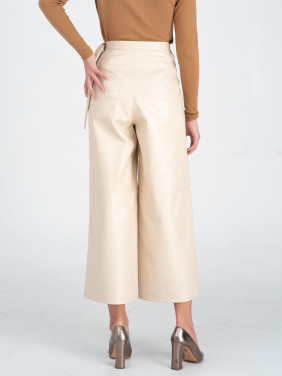 Milky eco leather culottes